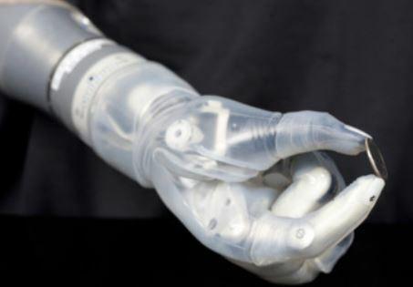 Luke Arm, la extremidad robótica que ofrece ayuda a hombres amputadas